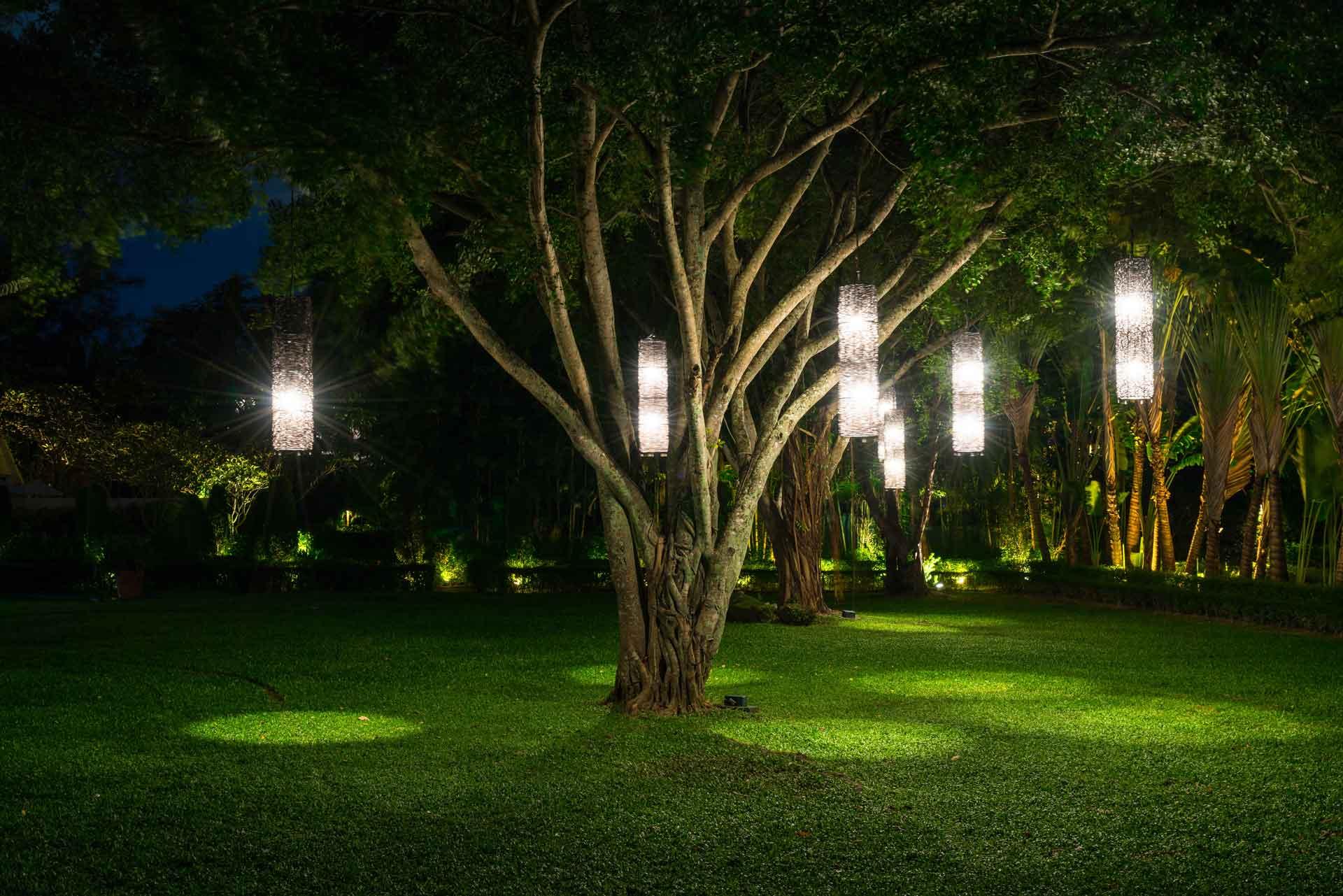 como-instalar-luces-jardin